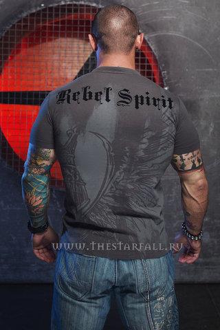 Футболка Rebel Spirit SSK121289 спина на модели с головой