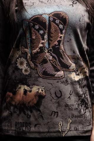 Женский пуловер Black Boots Cactus Bay 197-3596. Made in USA принт спереди ковбойские сапоги и лошади