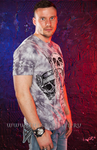футболка Rebel Spirit SSK110700 на модели правый бок