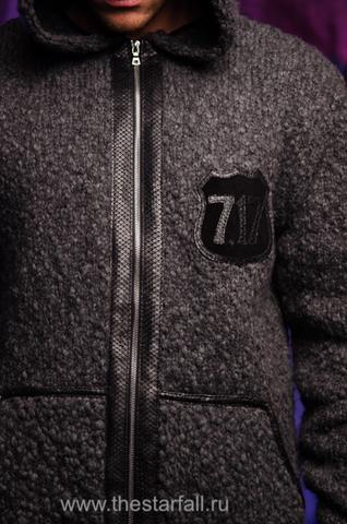 МУЖСКОЙ КАРДИГАН С КАПЮШОНОМ ОТ 7.17 STUDIO LUXURY ST2256101 пере детали из кожи