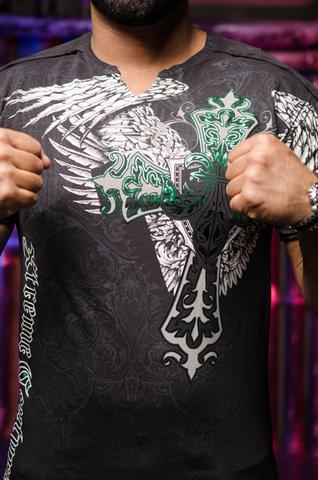 Футболка Long View Xtreme Couture от Affliction принт спереди крест и крылья