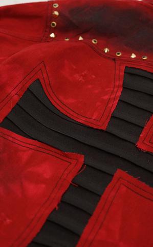 Красная джинсовая куртка The Saints Sinphony OUT FOR BLOOD TSJ004 аппликация на спине крест