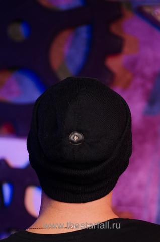 Шапка Regularity от 7.17 Studio Luxury с крестом сзади