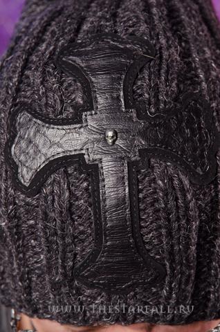 Шапка Cyclone от 7.17 Studio Luxury с крестом из кожи питона крест спереди