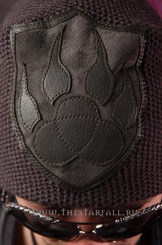 Шапка Bear от 7.17 Studio Luxury аппликация из кожи спереди