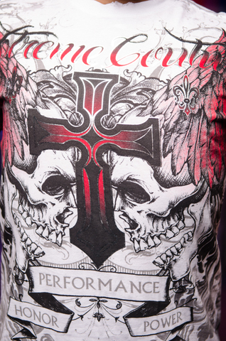 Футболка CARNIVORE Xtreme Couture от Affliction принт спереди крест и черепа