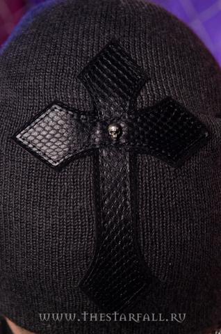 Шапка BLADE 10 от 7.17 Studio Luxury крестом из кожи кобры крест спереди
