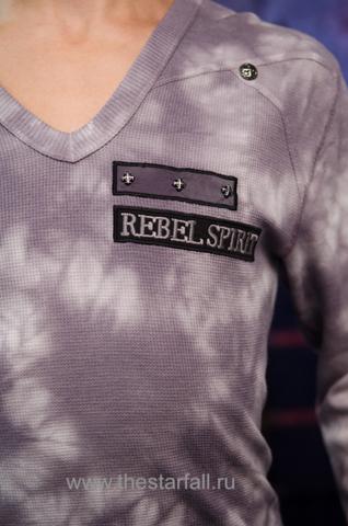 Пуловер Rebel Spirit TH110725 спереди декоративный элемент