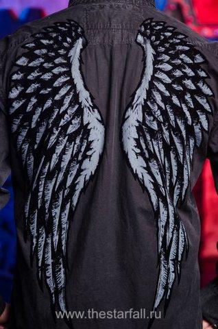 Affliction   Рубашка мужская A226882 принт крылья на спине
