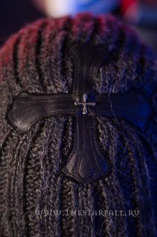 Шапка из альпаки Demon Riff 34938 кожаный крест спереди