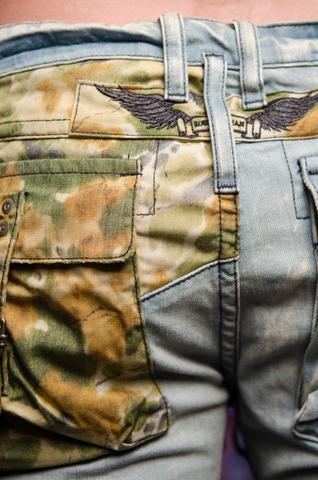 Джинсы Robins Jean 5D LIGHT фирменные крылья вышивка сзади