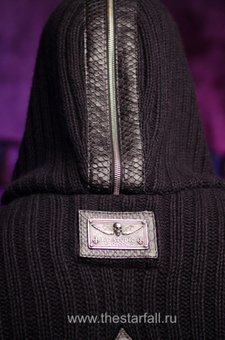 Мужской кардиган с капюшоном от 7.17 Studio Luxury табличка и питон