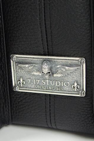 Сумка Salvation Army от 7.17 Studio Luxury табличка